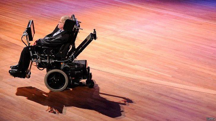 150807161848 hawking escenario 624x351 getty - El evidente cambio físico y mental del niño Stephen Hawking. Su cuerpo lo traicionó, su mente nunca