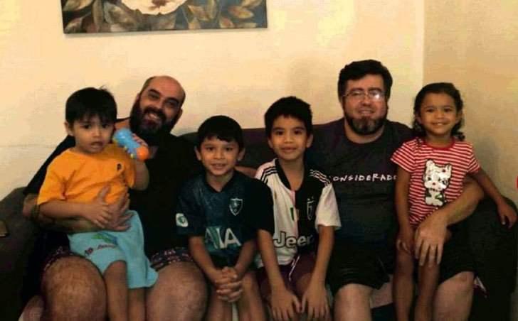 """show Sem t tulo F5D34DF2 90A5 4837 9F55 0F2BCFA3A8AA - """"Saranno i nostri figli per sempre"""": Coppia omosessuale adotta 4 bambini da un rifugio in Amazzonia"""