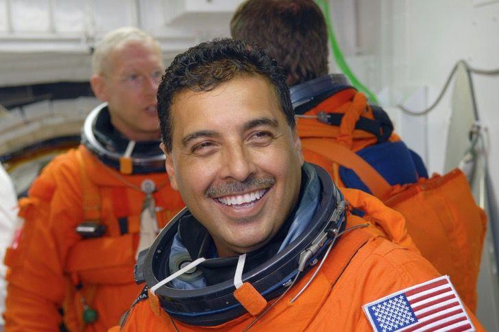 """Captura de Pantalla 2021 01 04 a las 16.10.35 - Pasó de trabajar en el campo a ser un astronauta: """"No hay que tener miedo de soñar en grande"""""""