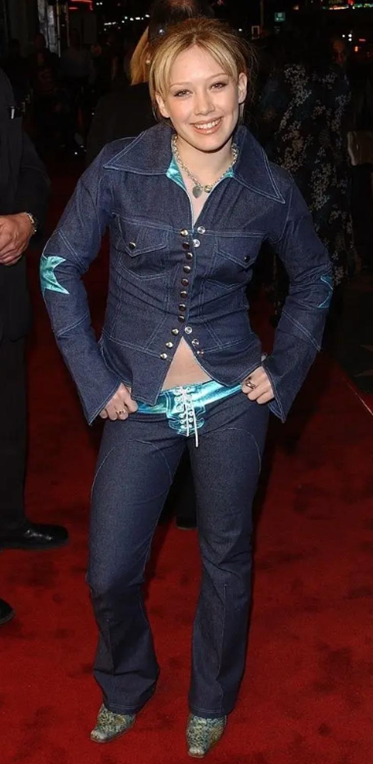 """8 21 - 25 terribles looks que los famosos presumían como """"estilosos"""". Christina Aguilera mostraba su tanga"""