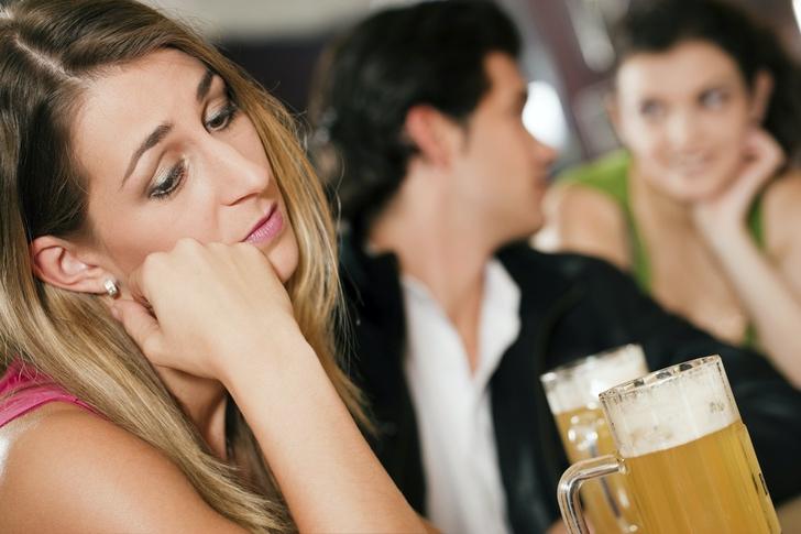 amor parejas amistades atractivos feo amiguitas noviazgo0000 - Mujeres no gustan de los hombres con muchas amigas, según estudio. Los haría 40% menos atractivo