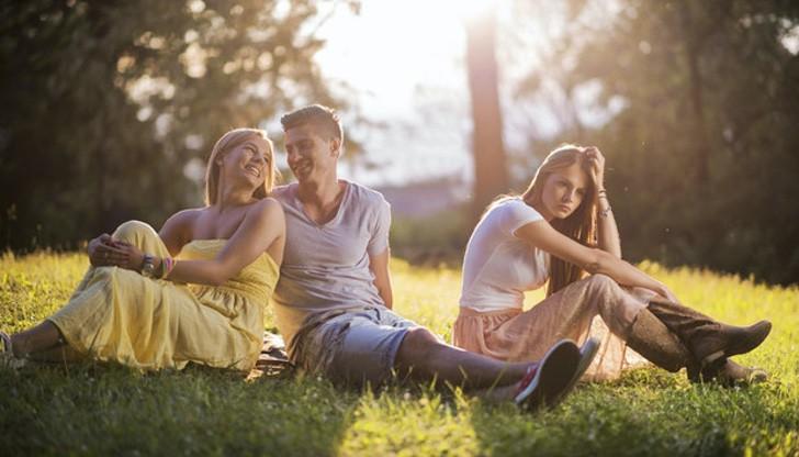 amor parejas amistades atractivos feo amiguitas noviazgo0003 - Mujeres no gustan de los hombres con muchas amigas, según estudio. Los haría 40% menos atractivo