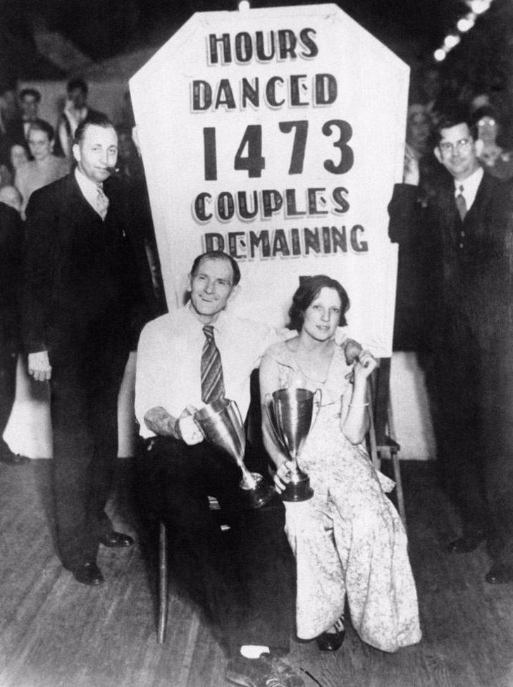 nintchdbpict0003311730431 - Bailaban hasta caer desmayados: Las extrañas maratones de bailes de 1930 que se hacían en EE.UU.