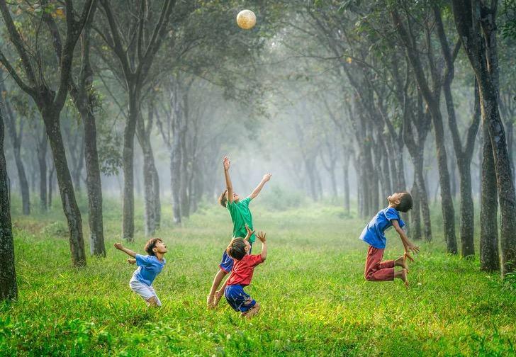 photo 1502086223501 7ea6ecd79368 - Familia adoptará a cinco hermanos que buscaban un hogar en Argentina. Seguirán juntos y felices