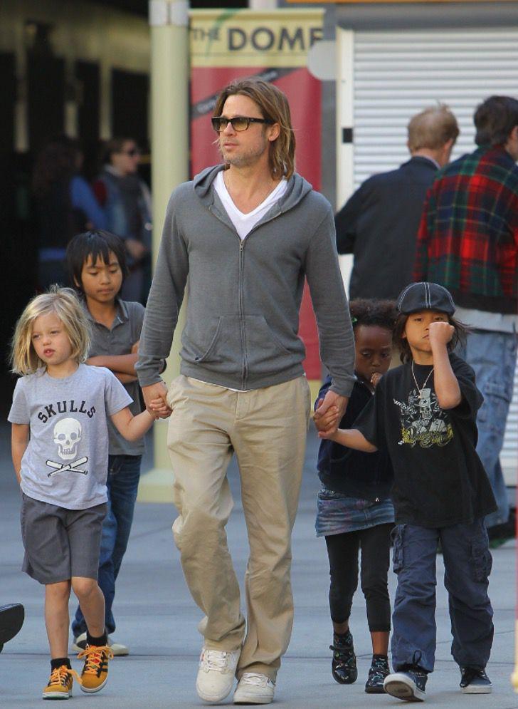 diferencias angelina brad14 - 16 fotos de la diferencia entre cómo se lleva Angelina Jolie con sus hijos y cómo lo hace Brad Pitt