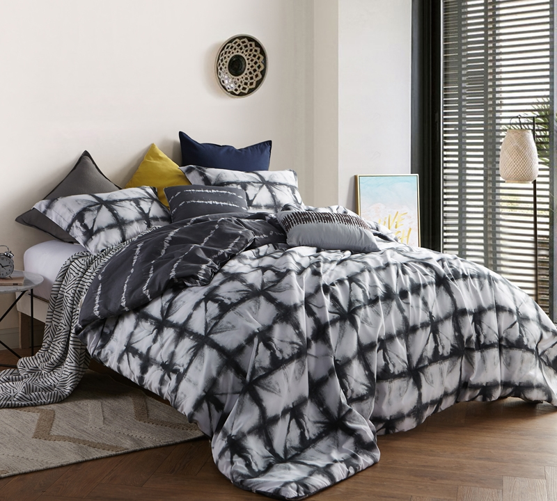 stylish zavi gray king oversize comforter set with king bedding accessories and unique gray tone tie dye design