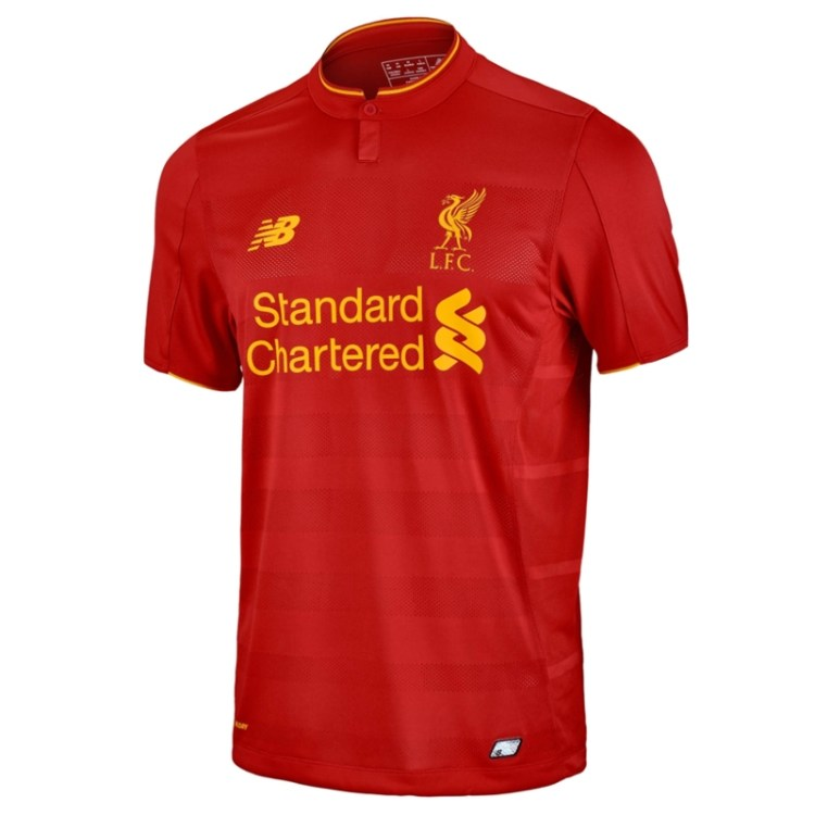 Liverpool Red Jersey : Why football clubs wear different ...
