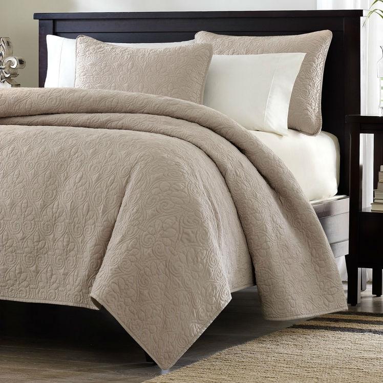 full queen size khaki light brown tan coverlet quilt set with 2 shams