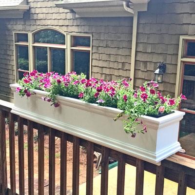 60 charleston rail top planter