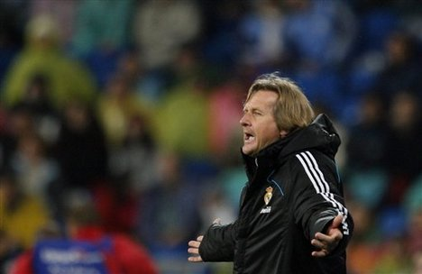 Real Madrid's coach Bernd Schuster