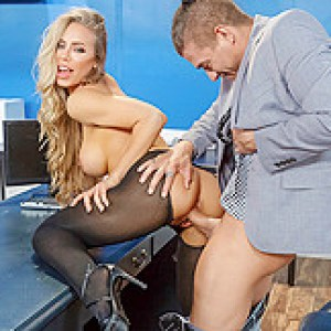 Nicole Aniston & Xander Corvus in Summertime And The Livin Is Sleazy - BRAZZERS