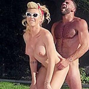 Aubrey Kate & Ricky Larkin in Porking in the Park - TransAngels