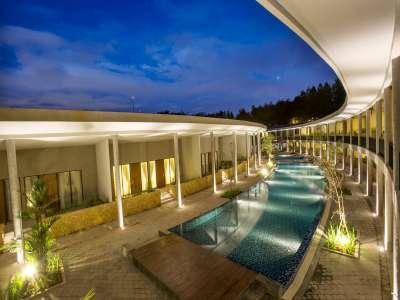 Green Savana Hotel Bogor - Hotel Exterior