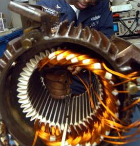 How do electric motors work?  Explain that Stuff
