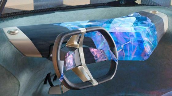 BMW представя автомобил от 2040 г.