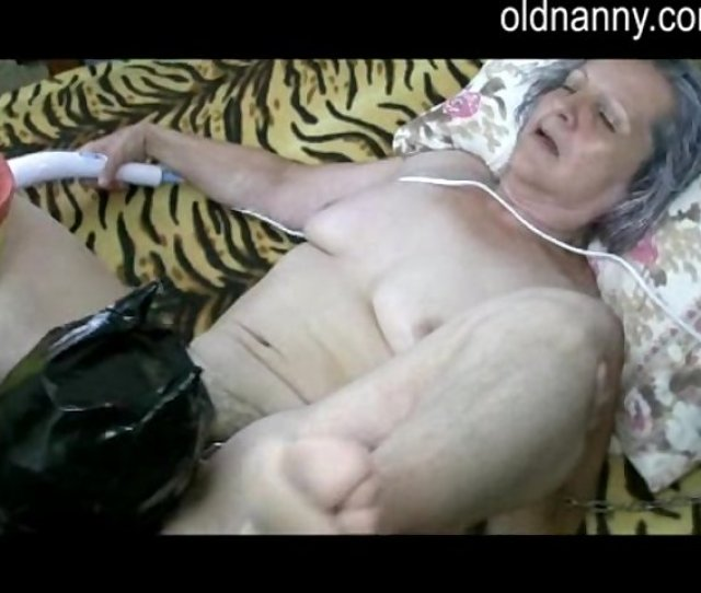 Man Leaking Woman Pussy Porn