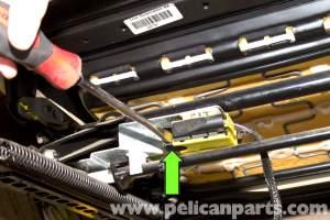 BMW E46 Front Seat Belt Buckle Replacement | BMW 325i (20012005), BMW 325Xi (20012005), BMW