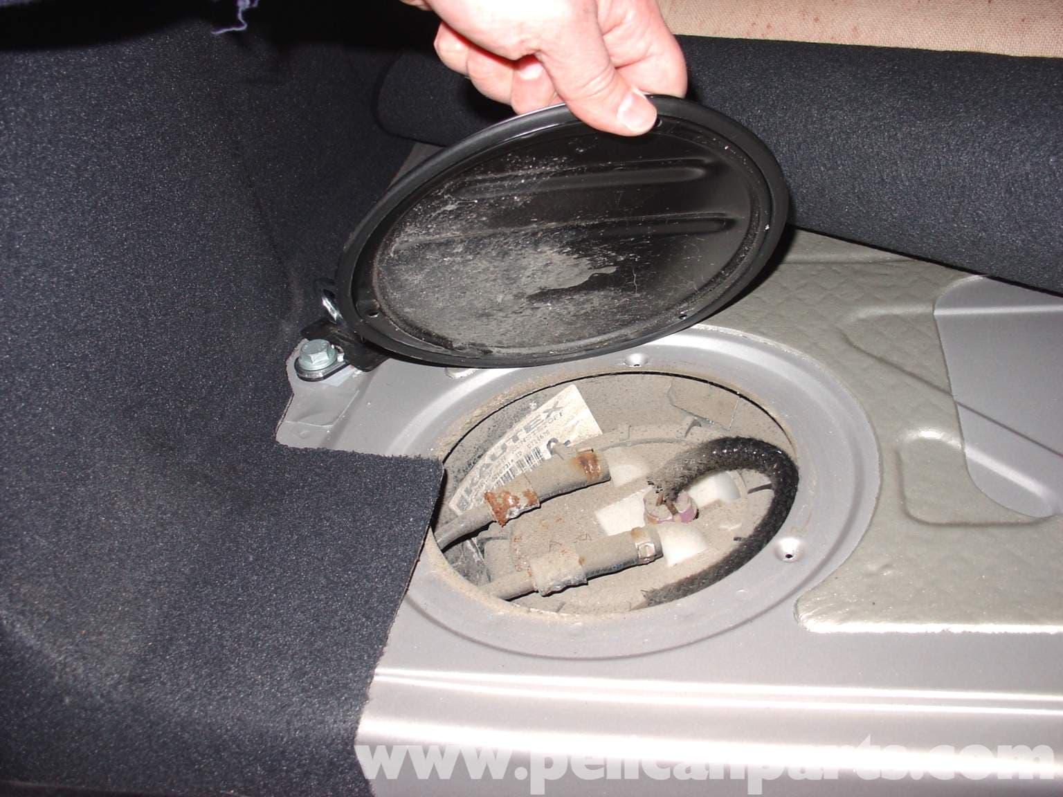 2001 Volkswagen Passat Fuel Filter Location