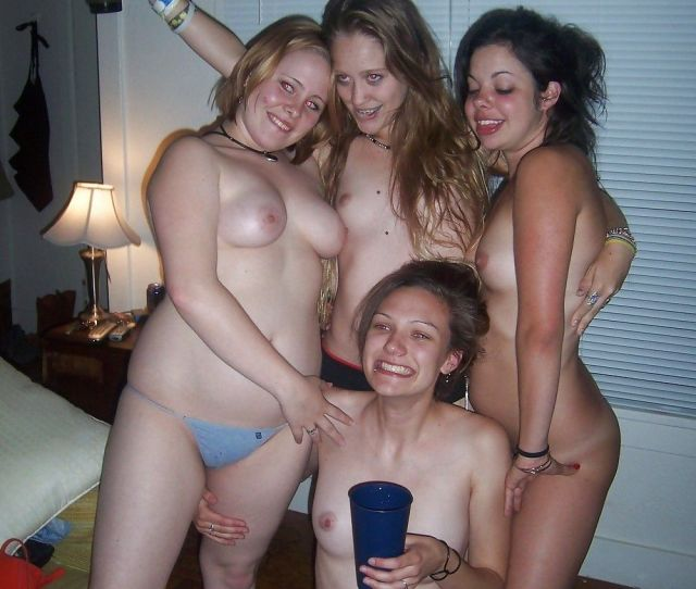 Topless Party Girls