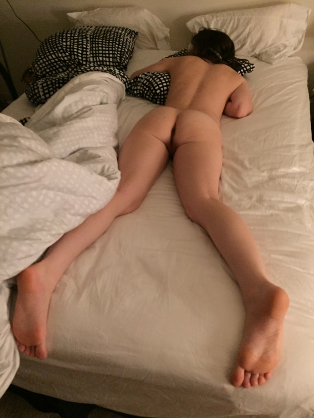 Sleeping Naked Teen