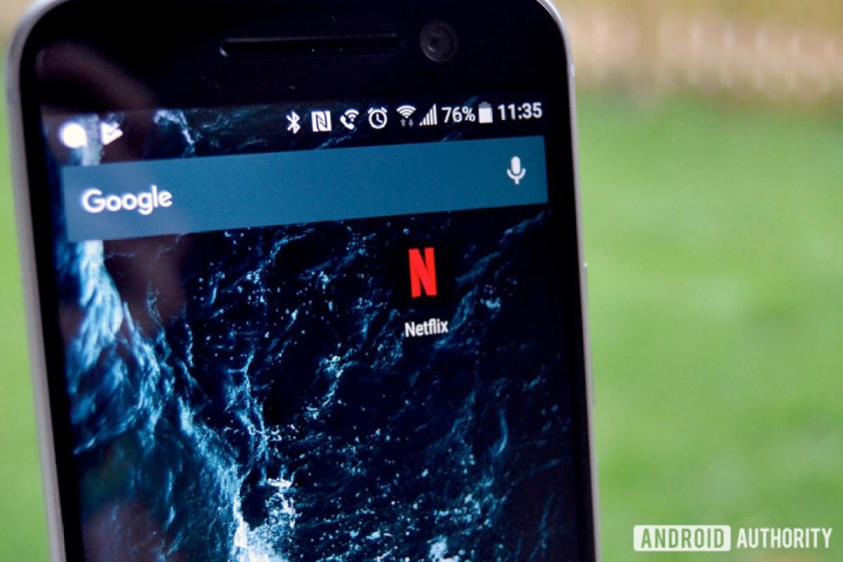 Значок Netflix на смартфоне Android