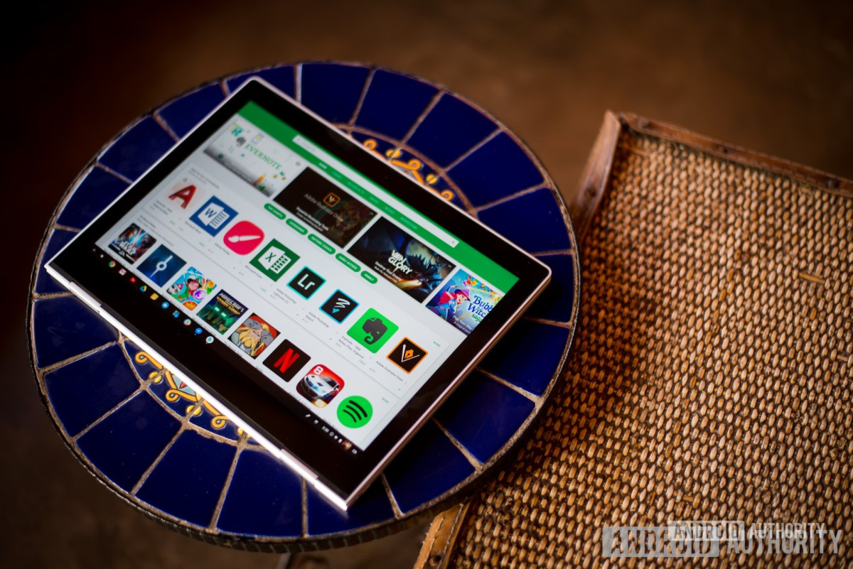 Chromebook с приложениями для Android, такими как Steam