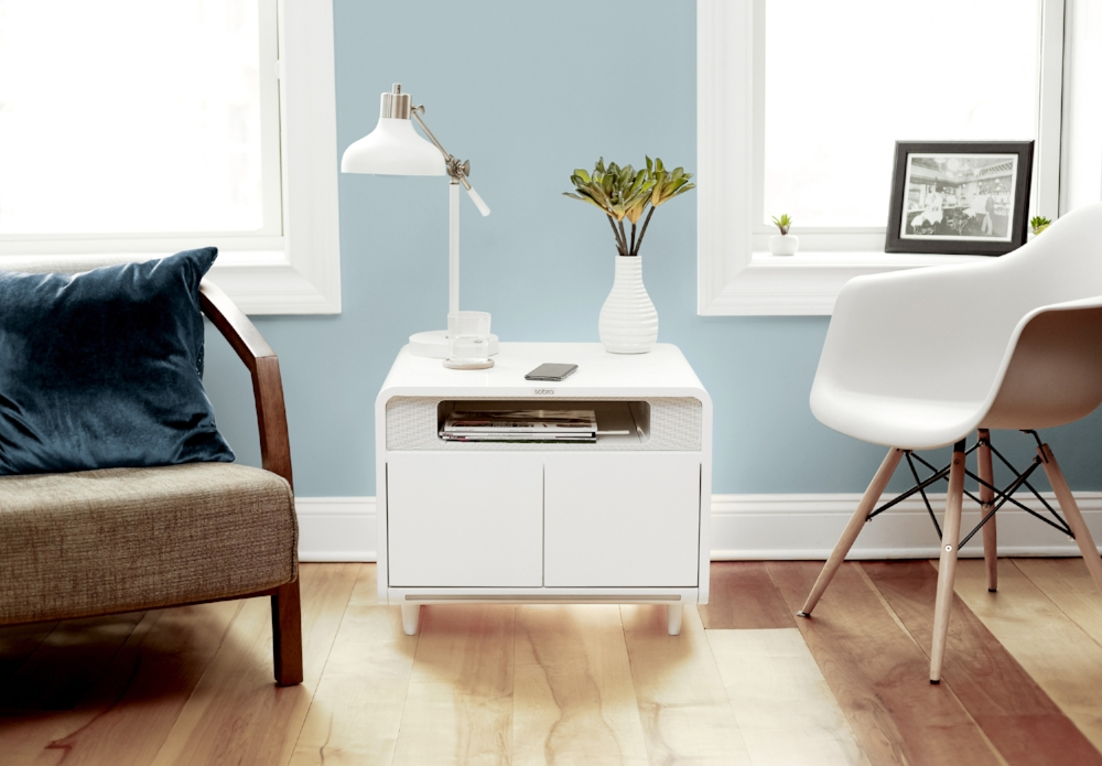 sobro smart side table will charge