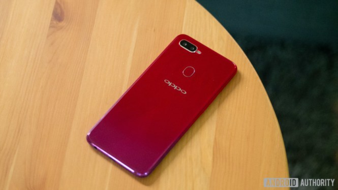 The back of the Oppo F9.