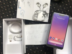 Google Pixel 3 XL retail box leak