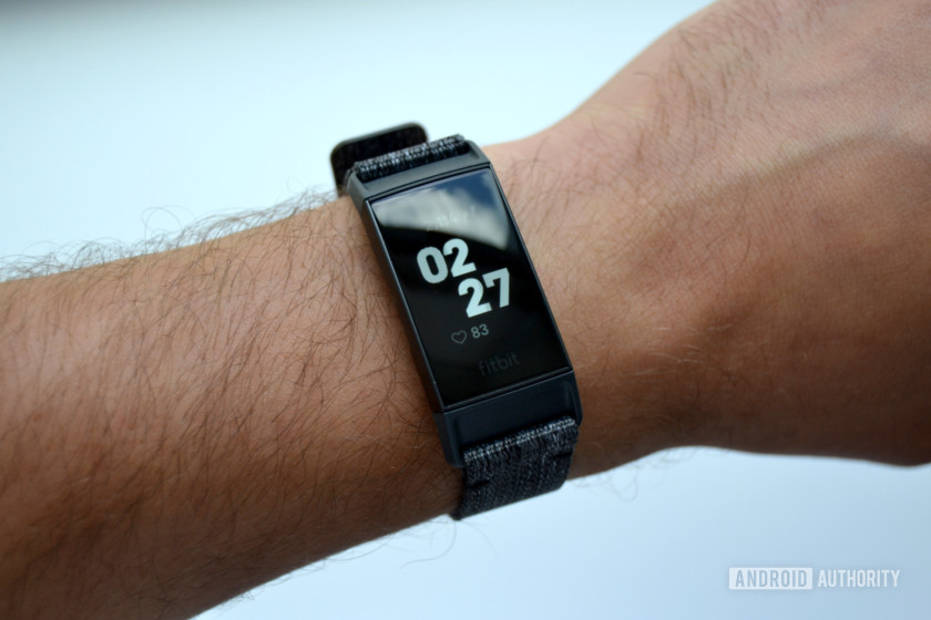 best heart rate monitor fitbit charge 3