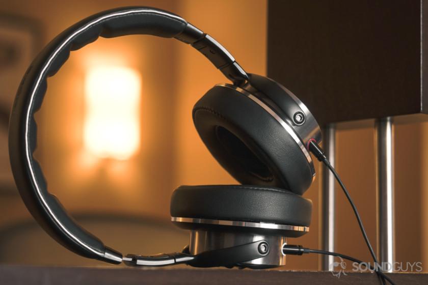 1More Triple-Driver Headphones SoundGuys