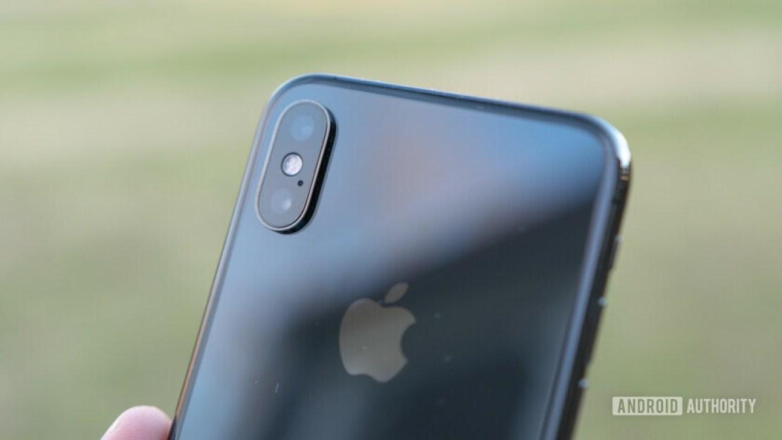 iPhone XS Camera