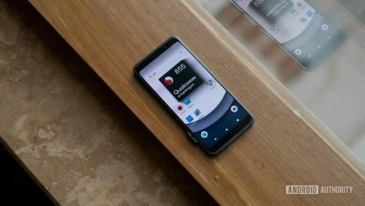 Эталонное устройство Snapdragon 855