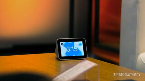 Google Assistant Smart Clock Lenovo