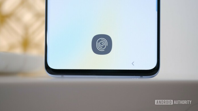 Photo of the Samsung Galaxy S10 Plus focusing on the in-display Fingerprint reader