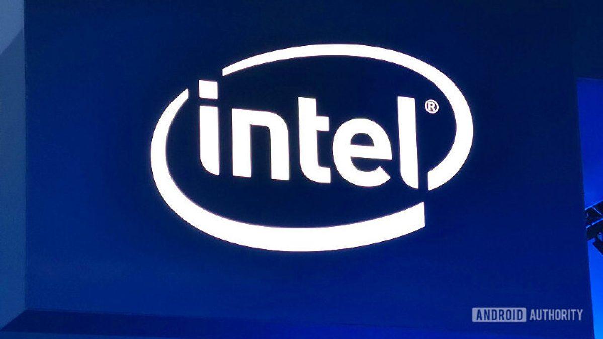 Logotipo do estande da Intel em sinal no MWC 2019