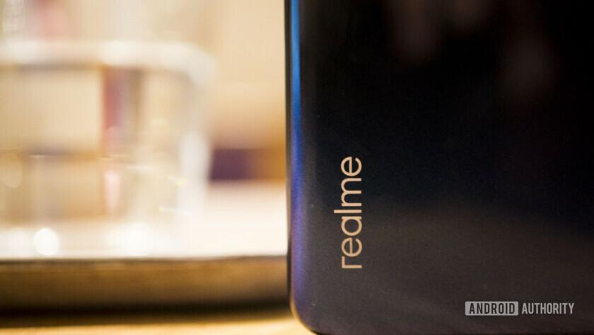 Realme 3 logo