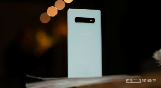 Samsung Galaxy S10 Plus back standing upright