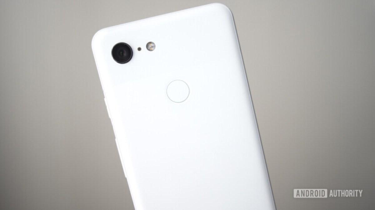 sensor de impressão digital da câmera do Google Pixel 3 traseiro claramente branco