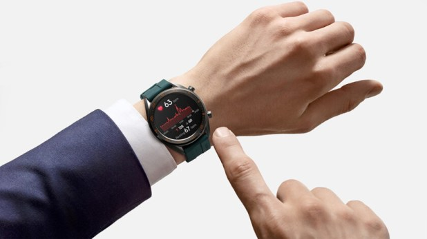 huawei watch gt 46mm active smartwatch on wrist