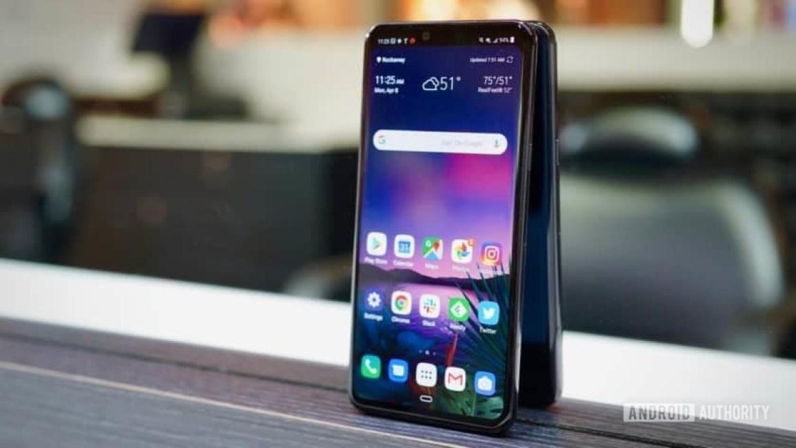 LG G8 ThinQ Review against mirror