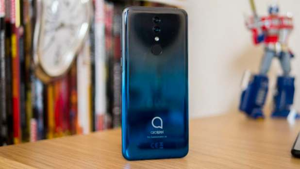 Alcatel 3 back