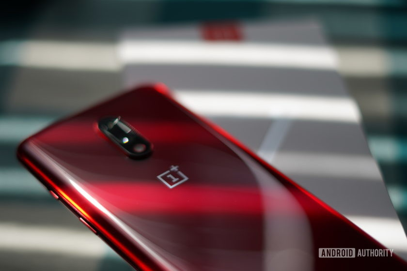 OnePlus 7 lying on box