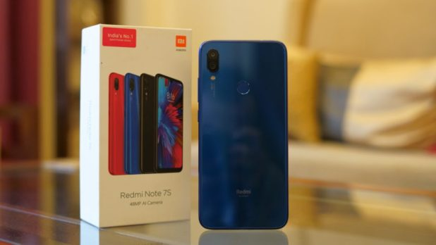 Redmi Note 7S showing back and box packaging