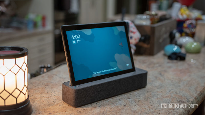 Lenovo Smart Tab P10 Docked Blue Screen