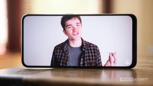 Oppo Realme X - Display YouTube David