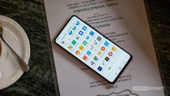 Redmi K20 Pro con pantalla y aplicaciones
