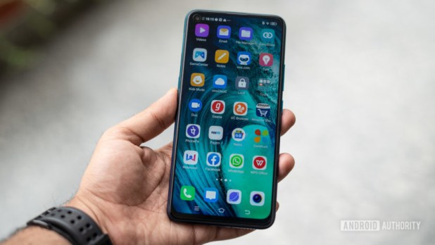 Vivo Z1 Pro phone in hand