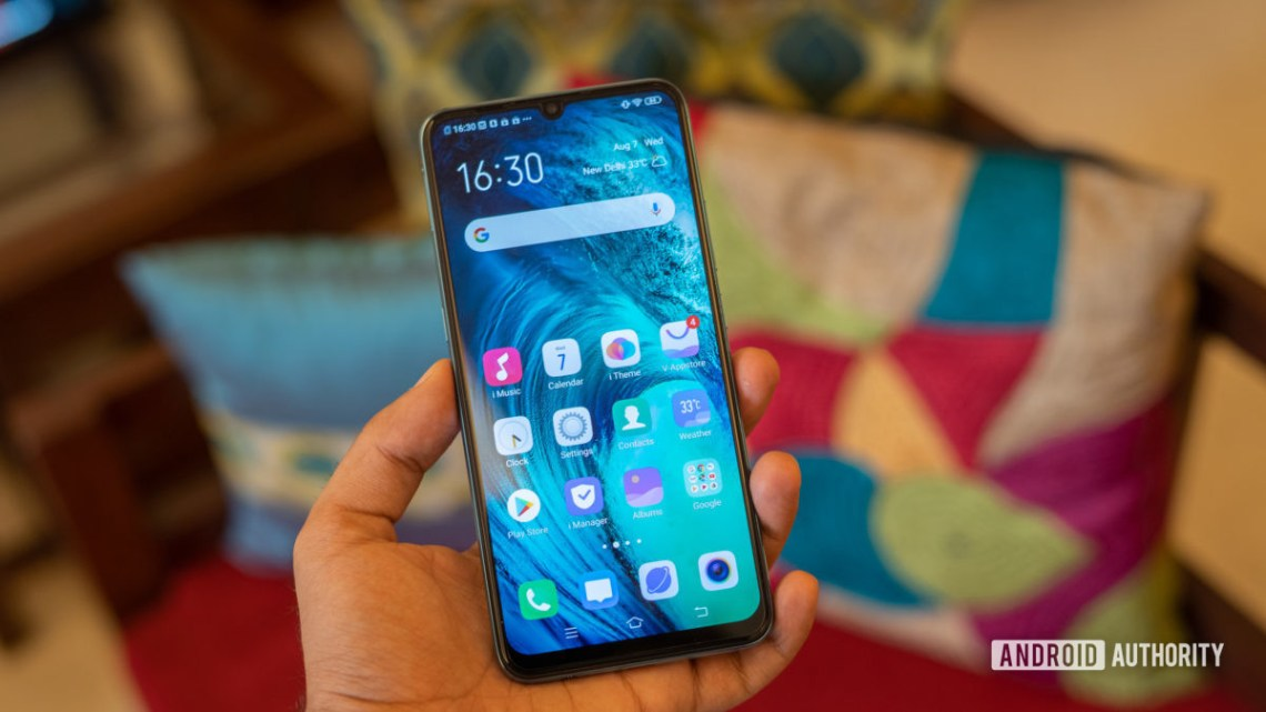 Vivo S1 in hand showing front of the phone