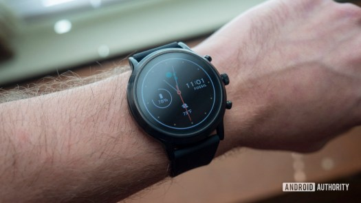 fossil gen 5 smartwatch review on wrist watch face display 4